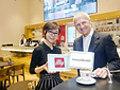 Il caffè italiano conquista l'oriente: siglato accordo tra Illy e Samsung