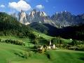 Trentino Alto Adige: le 10 passeggiate più belle per godersi le sue valli d'estate
