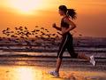 Correre sulla spiaggia è la tua passione? I consigli pratici per farlo al meglio