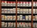 Buone notizie per chi fuma: dopo 12 anni giù il prezzo delle sigarette