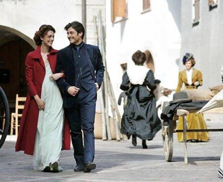 La Dama Velata: Miriam Leone conquista tutti e Lino Guanciale sarà il prossimo Don Matteo?