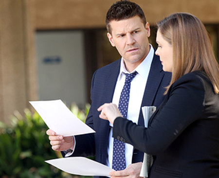 Bones: recensione dell'episodio 10×14 The Putter in the Rough [spoiler]
