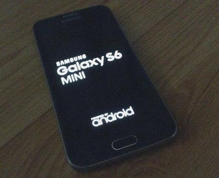 Samsung Galaxy S6 Mini e Galaxy Note 5 in arrivo