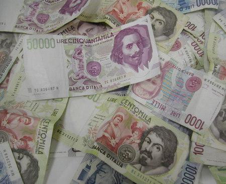 Spuntano tesori in lire, fino a gennaio 2016 si possono cambiare in euro
