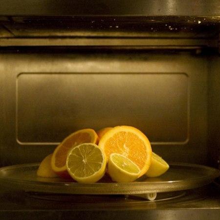 Ecco come pulire il forno con prodotti naturali