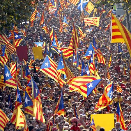 """Catalogna, scaduto ultimatum di Madrid. Puigdemont: """"la Catalogna sarà una Repubblica indipendente"""""""