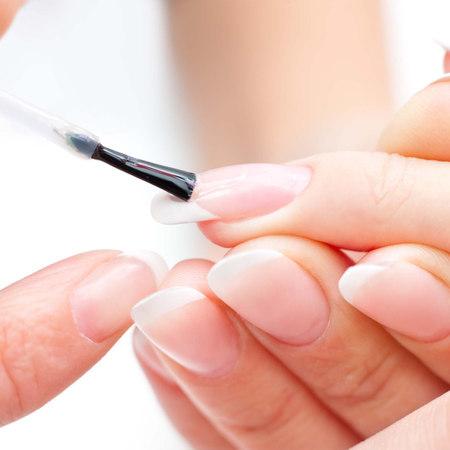 Ricostruzione unghie: tutto quello che c'è da sapere