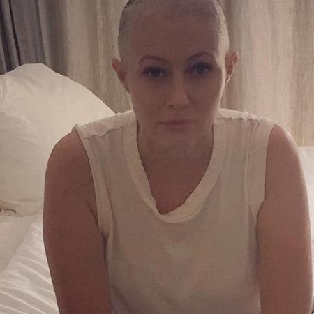 Shannen Doherty lotta contro il cancro: le foto della chemioterapia