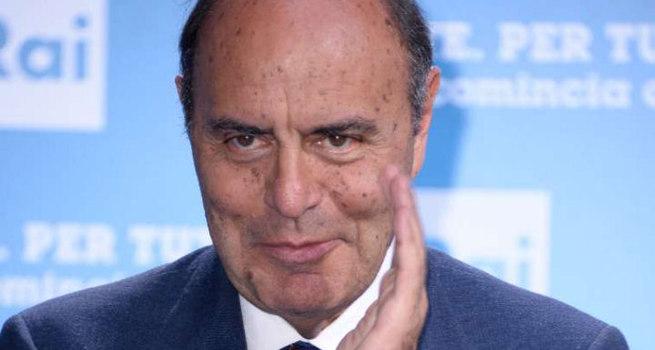 Indignazione e richiesta di dimissioni per Bruno Vespa (e arrivano anche intimidazioni)