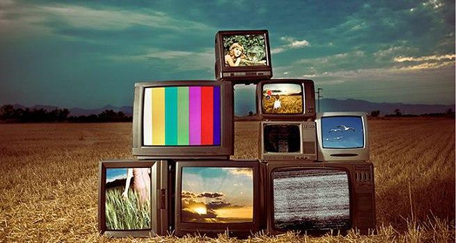 Offerte Sky e Mediaset Premium 2015: confronto prezzi e programmi tv
